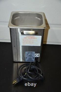 VWR Model 50T Stainless Steel AquaSonic Ultrasonic Cleaner / TESTED / GUARANTEED